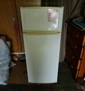 Холодильник NORD в хорошем состоянии б/у