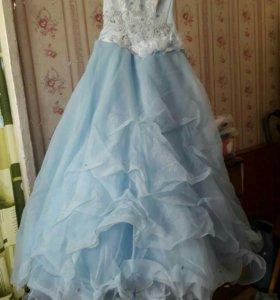 платье от выпускного.