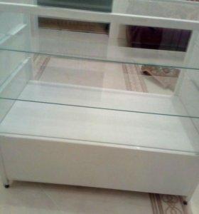 Полка ( витрина)стеклянная