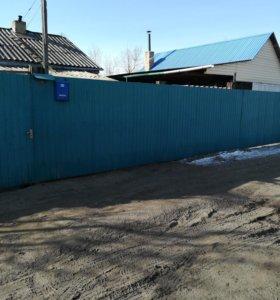 Строим заборы и дома из бруса