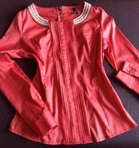 Продам женскую блузу