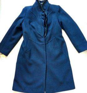 Пальто новое 48 -50