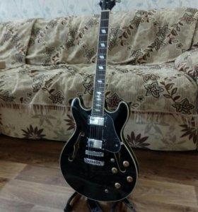 Гитара электро акустическая.