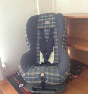 Детское авто- кресло