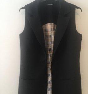 Новый удлиненный жилет Dolce@Gabbana