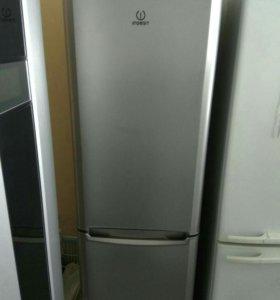 Холодильник Indesit BH20S