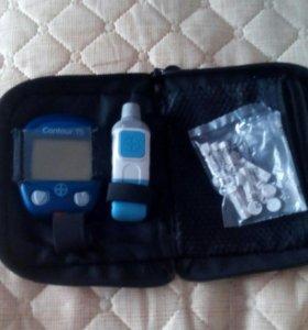 Измеритель глюкозы в крови Contour TS.
