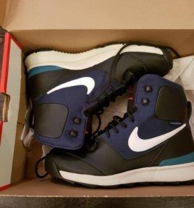 Кроссовки новые Nike acg оригинал