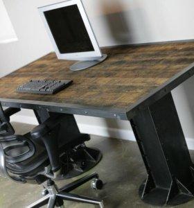 Стол из металла с деревянной столешницей