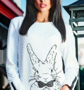 Суперский свитшот с зайцем