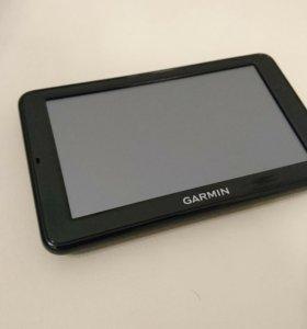 Навигатор Garmin Nuvi 2595 LT + карта памяти на 32