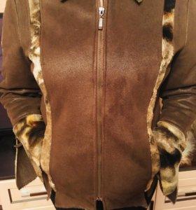 Продам стильную курточку ВЕСНА