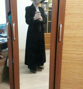 Пальто длинное стильное