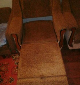 Диван и два кресла кровать