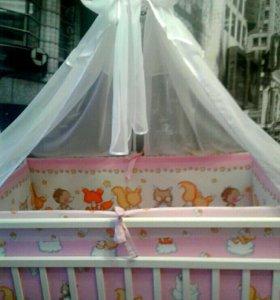 Кроватка с комплектом белья