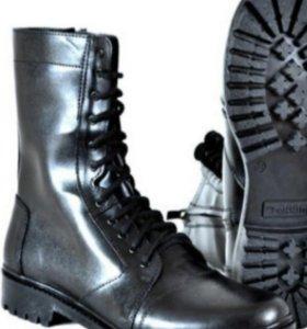 Военная обувь (берцы)