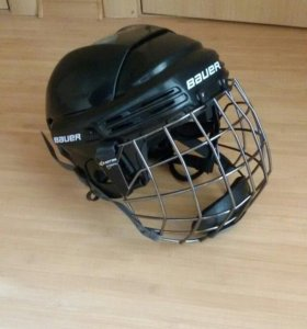 Шлем хокейный