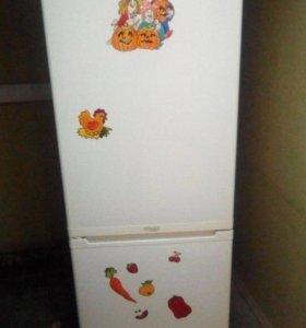 Холодильник б/у Stinol STN 185
