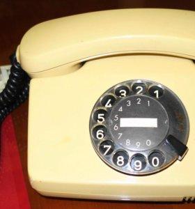 Дисковый телефон из СССР
