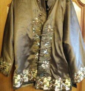 Вышитый пиджак