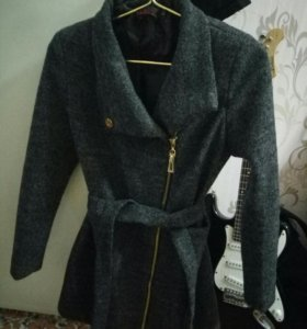 пальто 42-44 размер