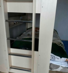 Двухярусный   диван кровать с матрасами