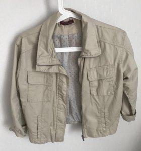 Куртка Bershka 42-44