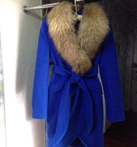 Новое зимнее пальто! Мех натуральный енот