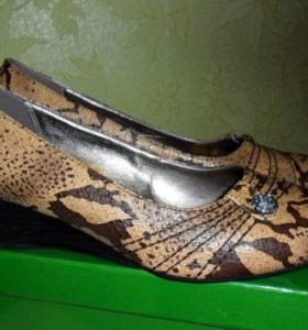 Женские туфли 43