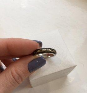 Кольцо Пандора Pandora