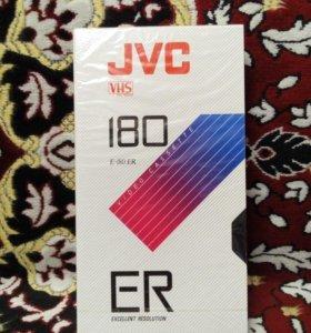 Запечатанная видеокассета JVC ER 180(W.Germany)