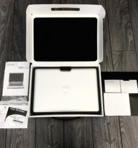 Ноутбук MacBook pro (макбук)