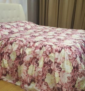 Покрывало с подушками