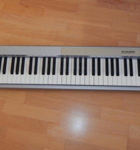 Миди - клавиатура keystation 61es