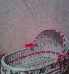 плетеная люлька для куклы