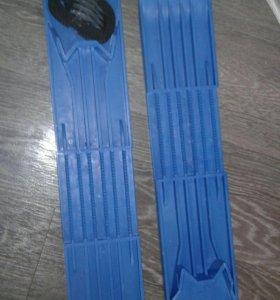 Мини-лыжи новые
