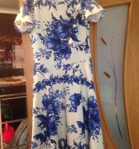 Продам платье как новое