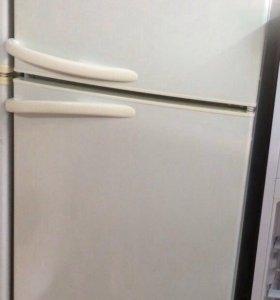 Холодильник Атлант двухкамерный