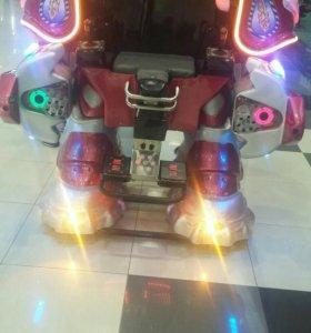 Робот аттракцион