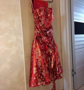 Платье на выпускной 40-42р