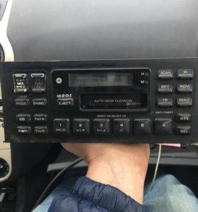 Chrysler штатная магнитола с управлением CD