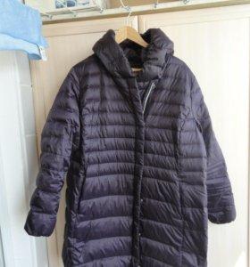 Демисезонное тонкое пальто на пуху б/у 2 раза р.54