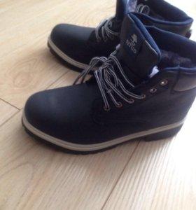 Ботинки зимние. Новые.