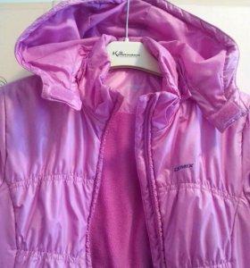Куртка Демикс сиреневого цвета на 9-10 лет