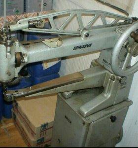 Рукавная швейная машинка «минерва»