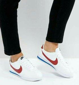 Nike Cоrtez