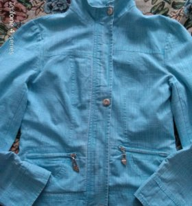 Курточка размер 38-40