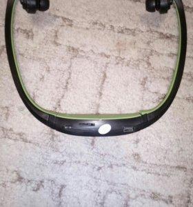 Новая, bluetooth гарнитура + слот под TF\ Micro SD