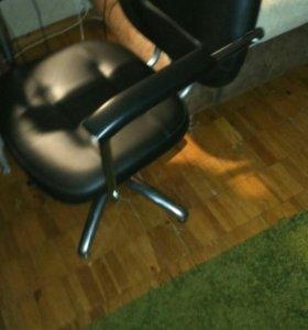 Кресло парикмахеркое