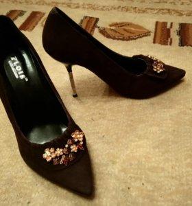 Туфли новые вечерние